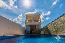 Rear of Casa Música del Caribe  and infinity pool