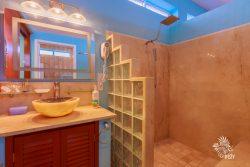 Sunrise Master Bedroom bathroom  of Casa Música del Caribe