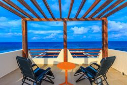 Enjoy-the-360-degree-view-overlooking-the-Caribbean-Sea-from-the-rooftop-area-1