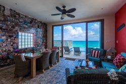 Pool-side-Caribbean-room-has-the-quotIsla-Wallquot-and-overlooks-the-infinity-pool-1